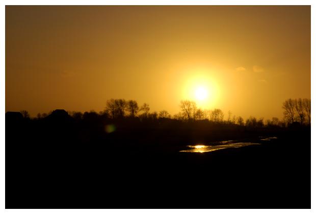 foto's, zonsondergang, ondergaande zon gaat onder
