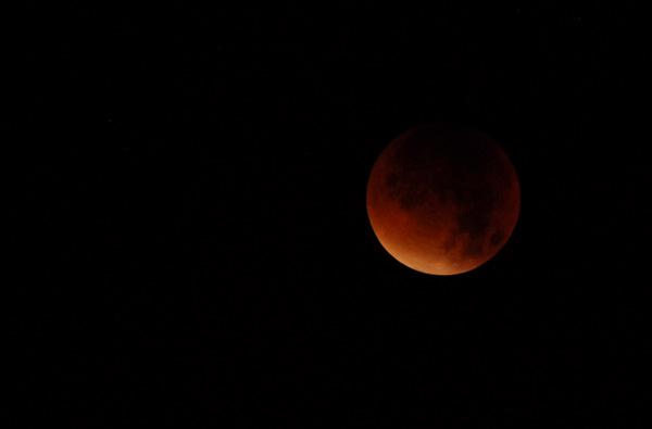 foto's, volle maan, volledige maansverduistering