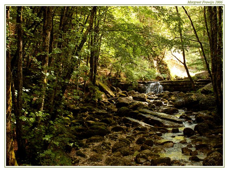 rivier, riviertje, beek, beekje, waterval, watervallen